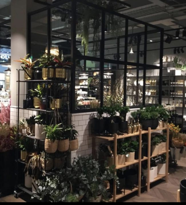 H&M Renovation Store